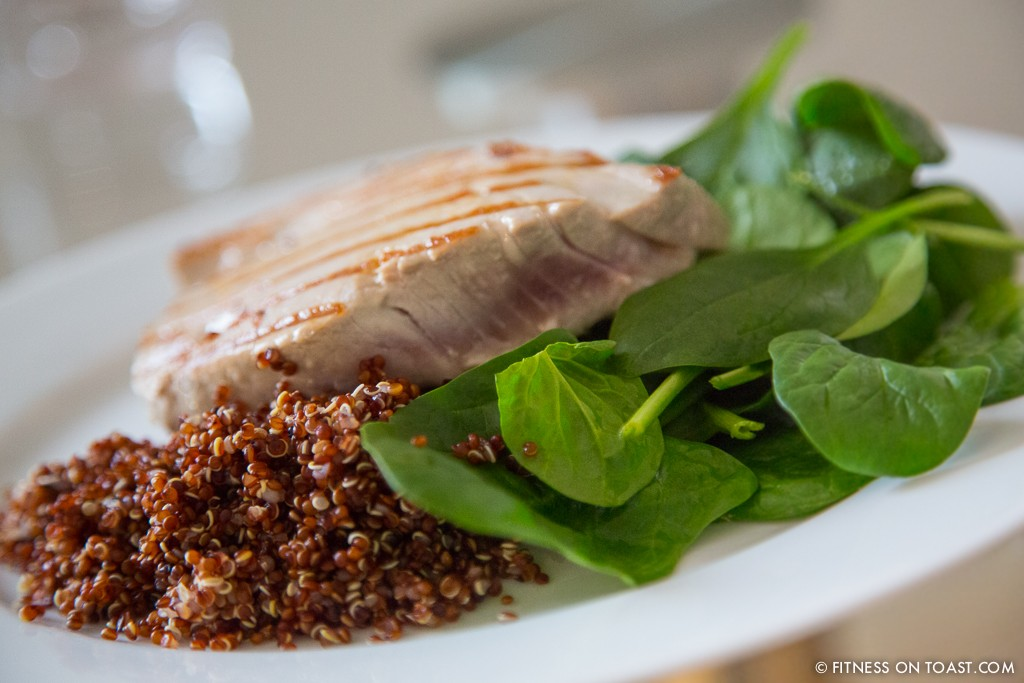 TUNA STEAK, RED QUINOA AND SPINACH  http://fitnessontoast.com/2013/02/10/eat-clean-and-lean/