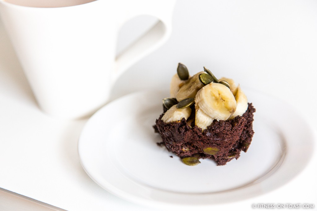 CHOCOLATE PROTEIN MUFFIN  http://fitnessontoast.com/2013/06/05/im-guilty/