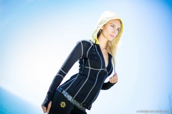 ZAGGORA HOODED BODY BLAZER  http://fitnessontoast.com/2013/10/25/correct-your-running-technique/
