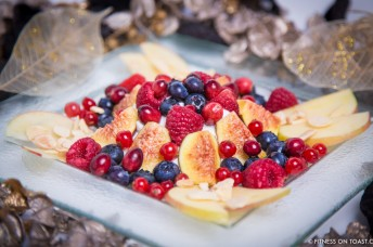 Winter Berries Fruit Salad Blueberry Raspberry Currants Cranberry Fig Apple Almond Redcurrant Yoghurt Total fat free antioxidant Fitness On Toast Faya Blog girl - SMALL