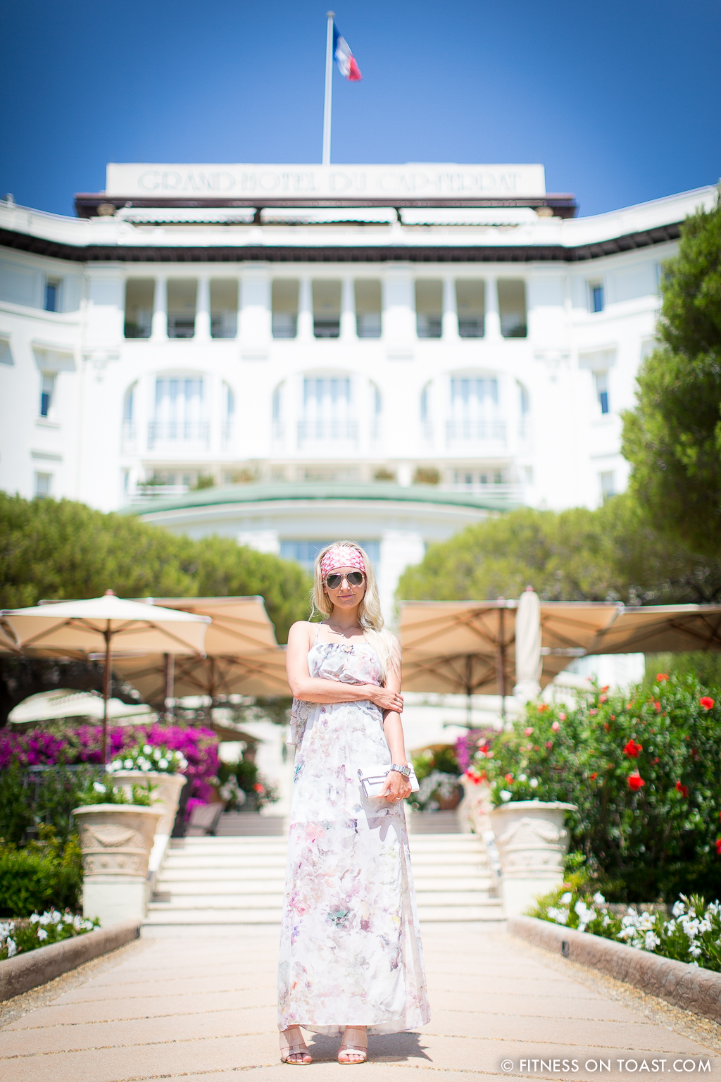 Fitness On Toast Faya Blog Benefits Of Walking Healthy Walk Grand Hotel Du Cap Ferrat Cote D'Azur Azur South Of France Exercise Calorie Burn Girl Fashion-2