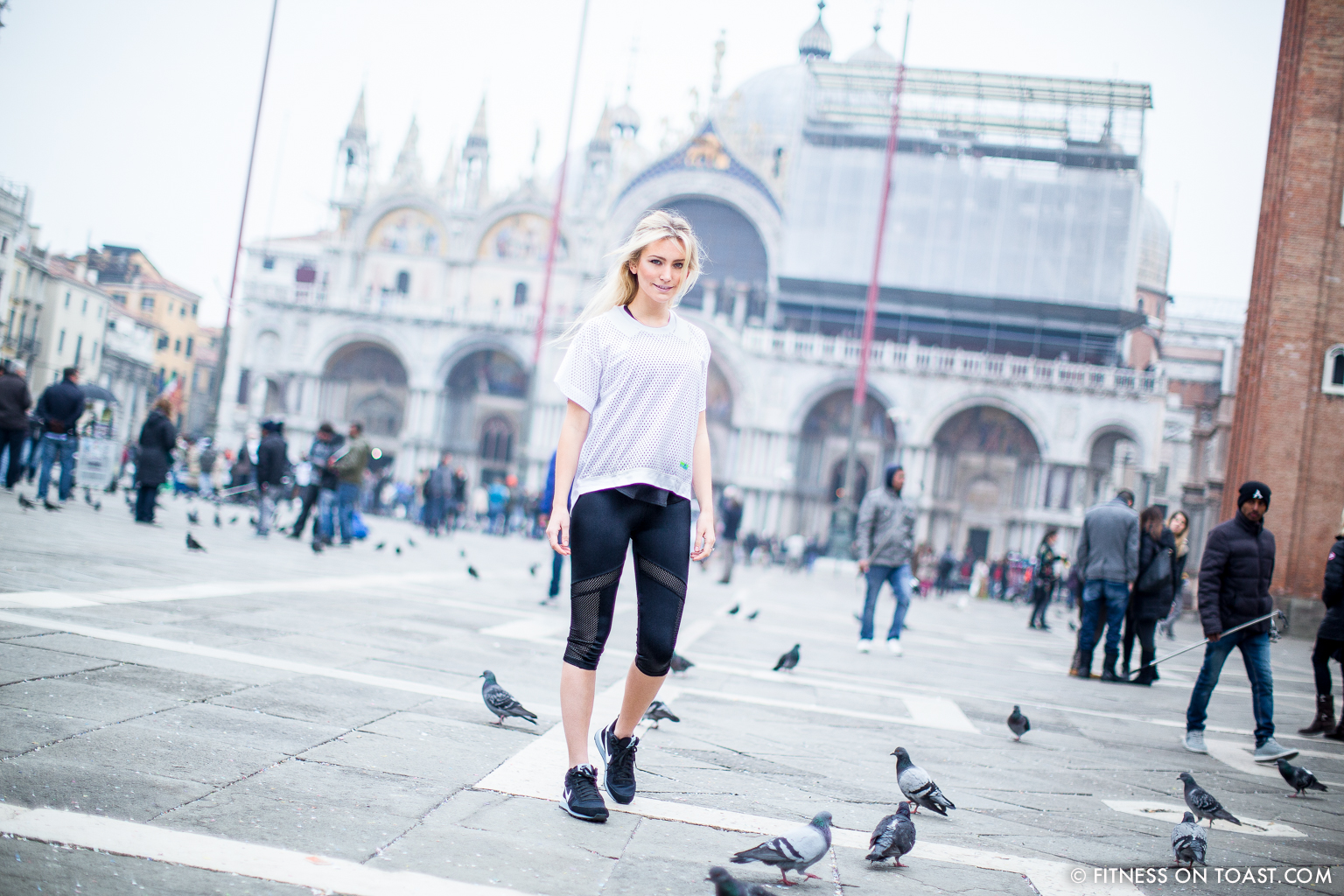 Fitness On Toast Faya Blog Girl Healthy Weekend Active Escape Health Venice Italy Urban Outfitters Workout Outfit Kit Clothes Stella_-7
