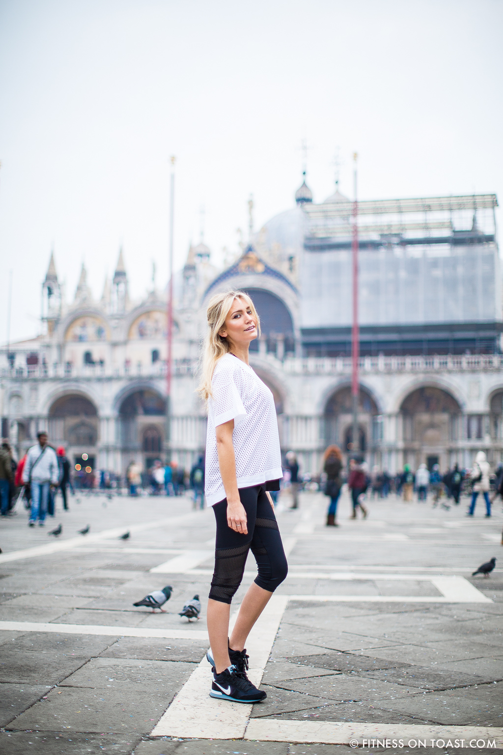 Fitness On Toast Faya Blog Girl Healthy Weekend Active Escape Health Venice Italy Urban Outfitters Workout Outfit Kit Clothes Stella_-9