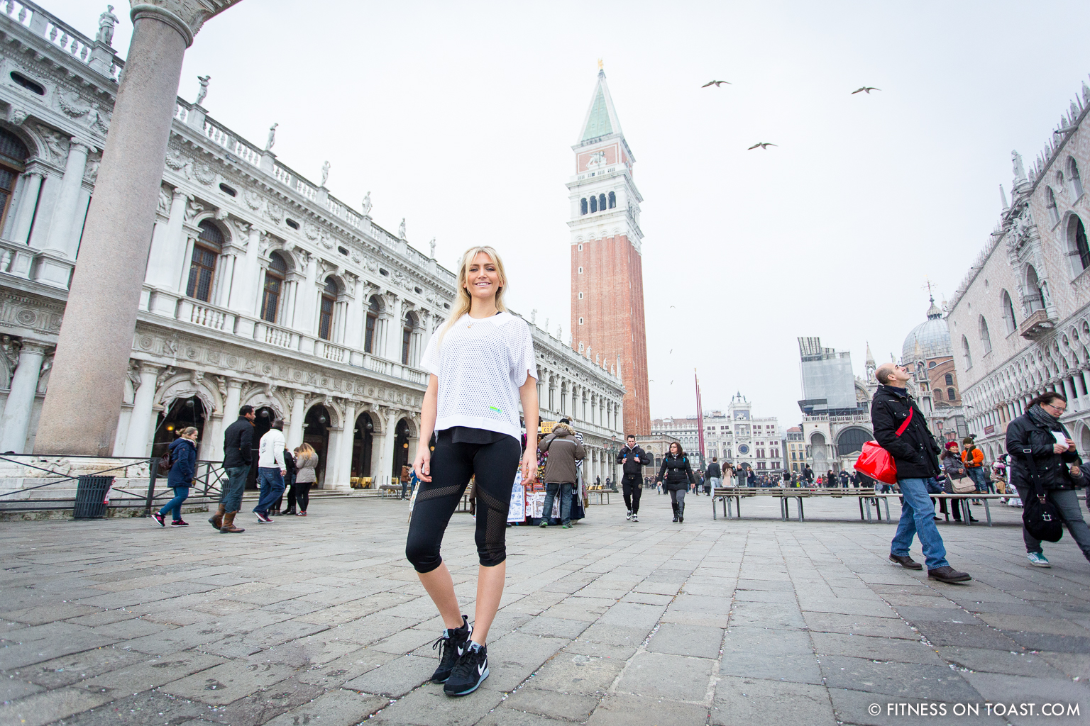 Fitness On Toast Faya Blog Girl Healthy Weekend Active Escape Health Venice Italy Urban Outfitters Workout Outfit Kit Clothes Stella_
