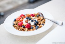 Fitness On Toast Faya Blog Girl Healthy Recipe Granola Quinoa Steens Manuka Honey UMF-4