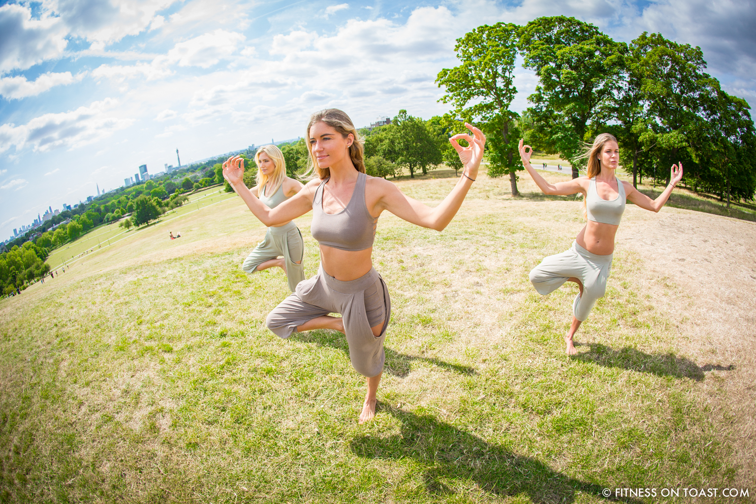 Fitness On Toast Faya Blog Girl Healthy Workout Yoga Lifestyle Fashion OOTD House of Dharma Kayleigh Carrie Bali Clothes Bohemian Look Primrose Hill London-2