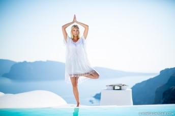 Fitness On Toast Faya healthy blog girl Katikies Hotel Travel Active Escape Luxury Holiday Fit Workout Health Retreat Detox Greece Santorini Tourism LHW-47