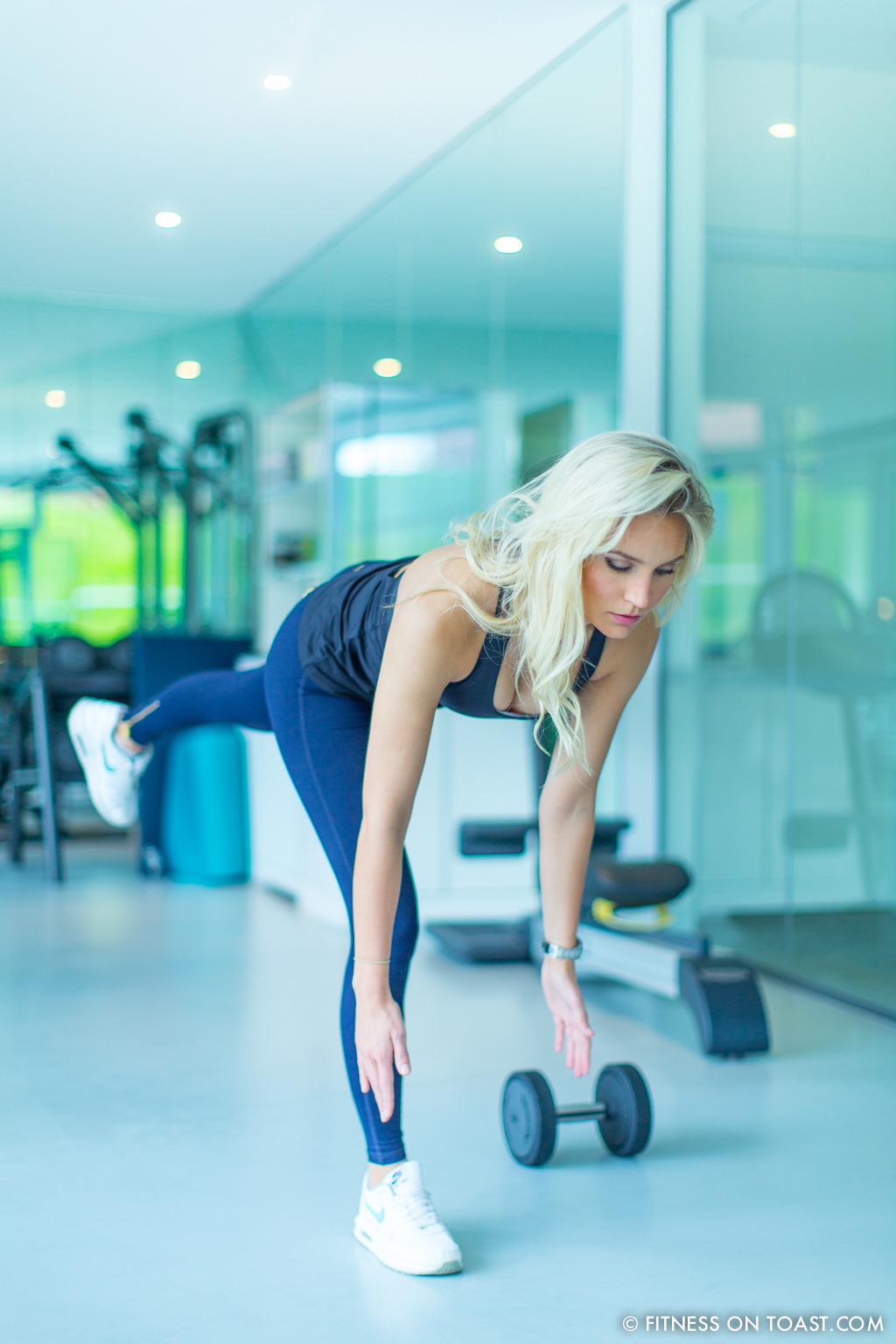 Fitness On Toast Faya Blog Girl Healthy Exercise Workout Gym Training Train Fashion OOTD Hey Jo Leggings Activewear Luxury Coworth Park Dorchester Hotel Lucas Hugh Hoodie-11