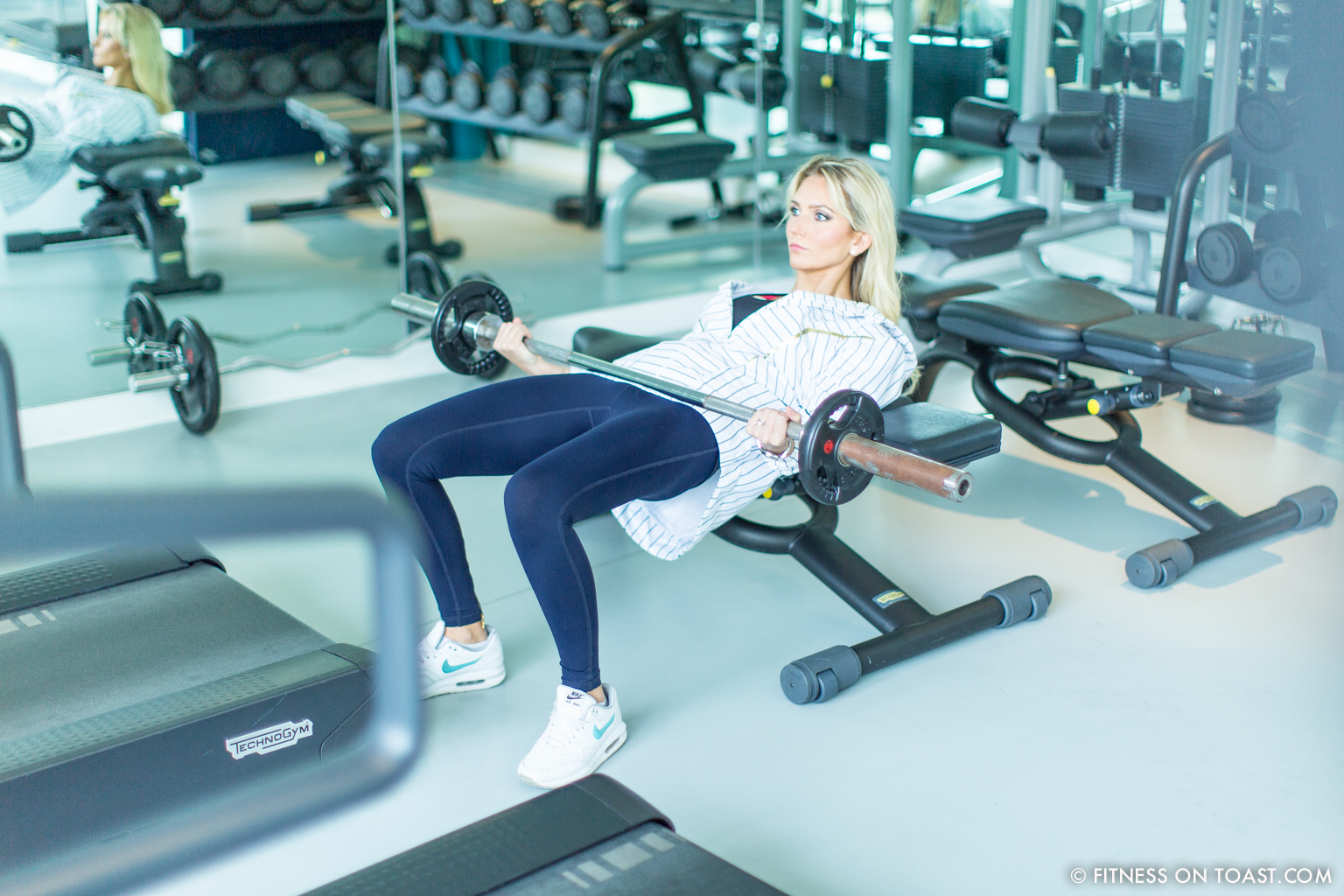 Fitness On Toast Faya Blog Girl Healthy Exercise Workout Gym Training Train Fashion OOTD Hey Jo Leggings Activewear Luxury Coworth Park Dorchester Hotel Lucas Hugh Hoodie-19