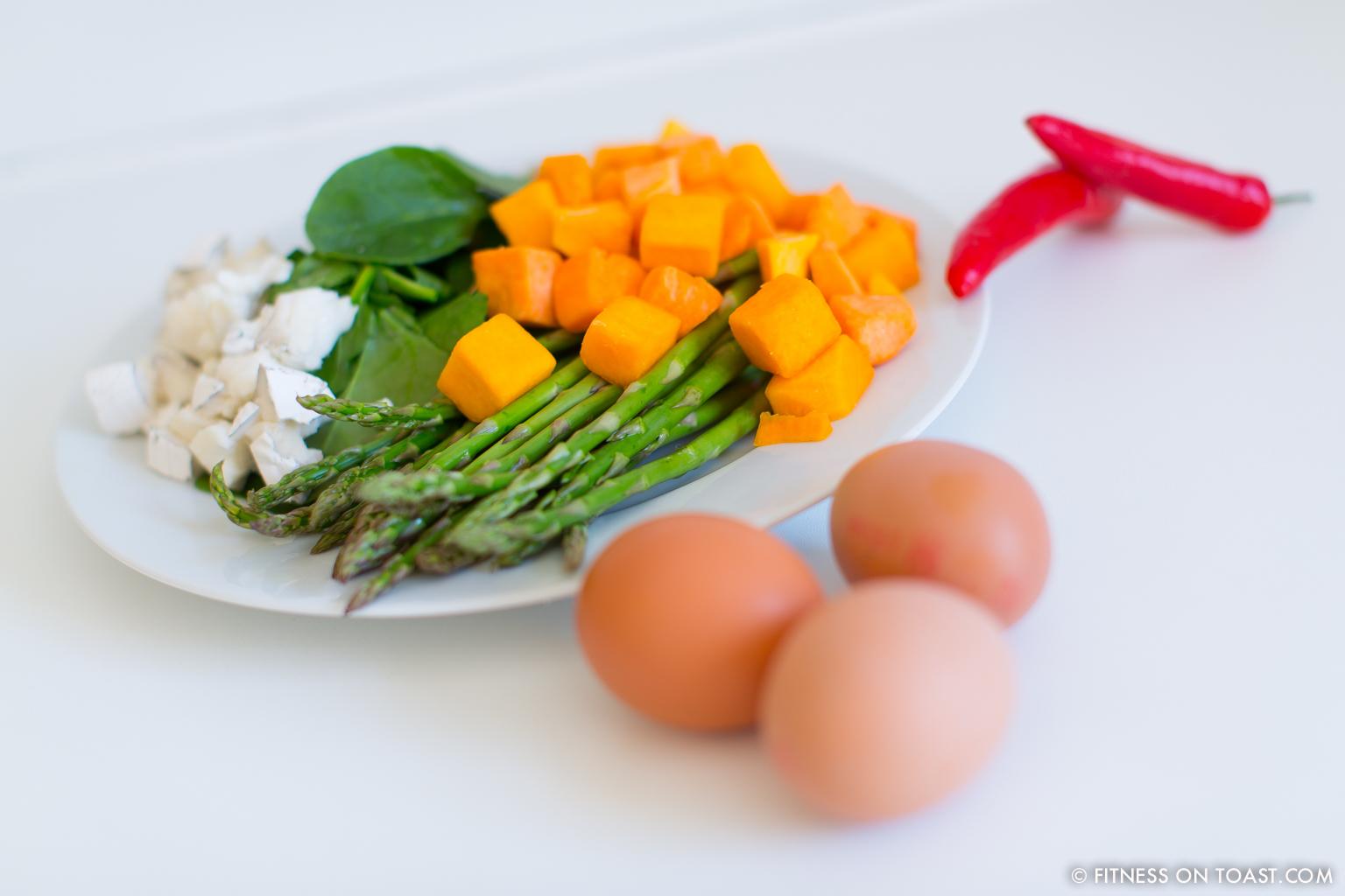 Fitness On Toast Faya Blog Post Blue Diamond Almonds Vegetable Frittata Healthy Recipe Idea Food Blog Recipes-9