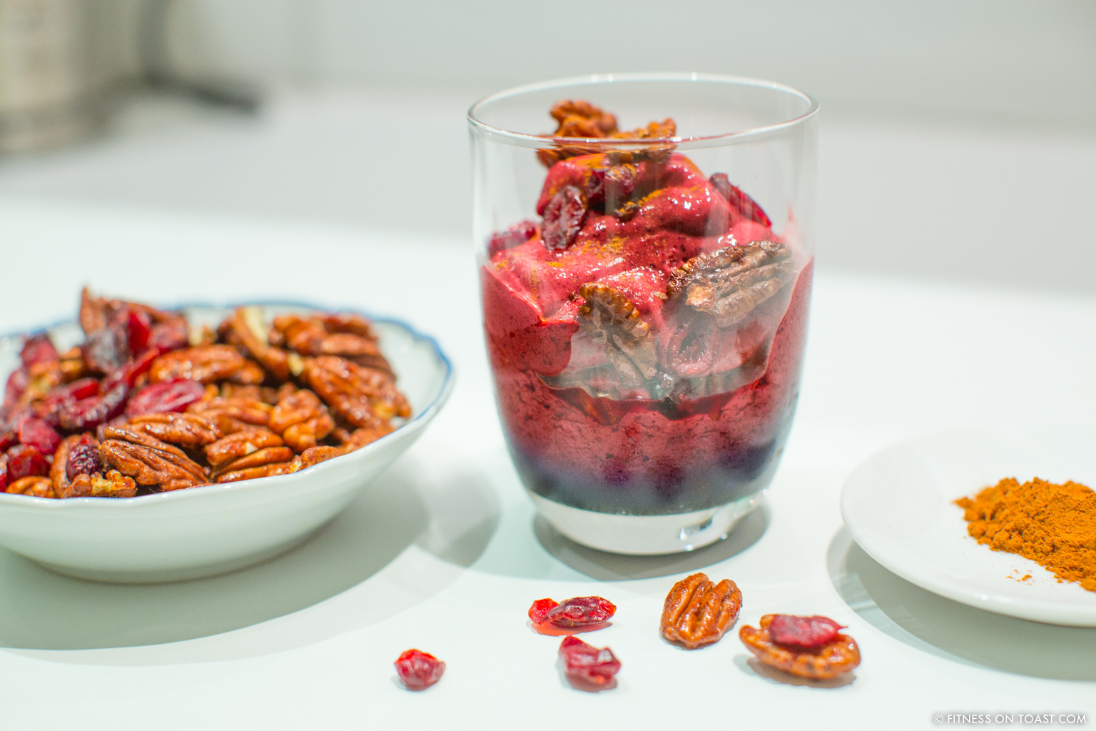 fitness-on-toast-faya-blog-book-girl-health-recipe-tasty-skyr-lidl-food-frozen-yoghurt-festive-winter-dessert-recipe-option